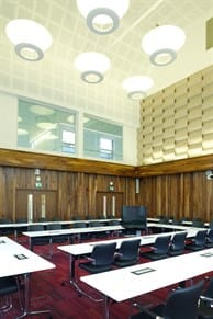 Council Chamber 09